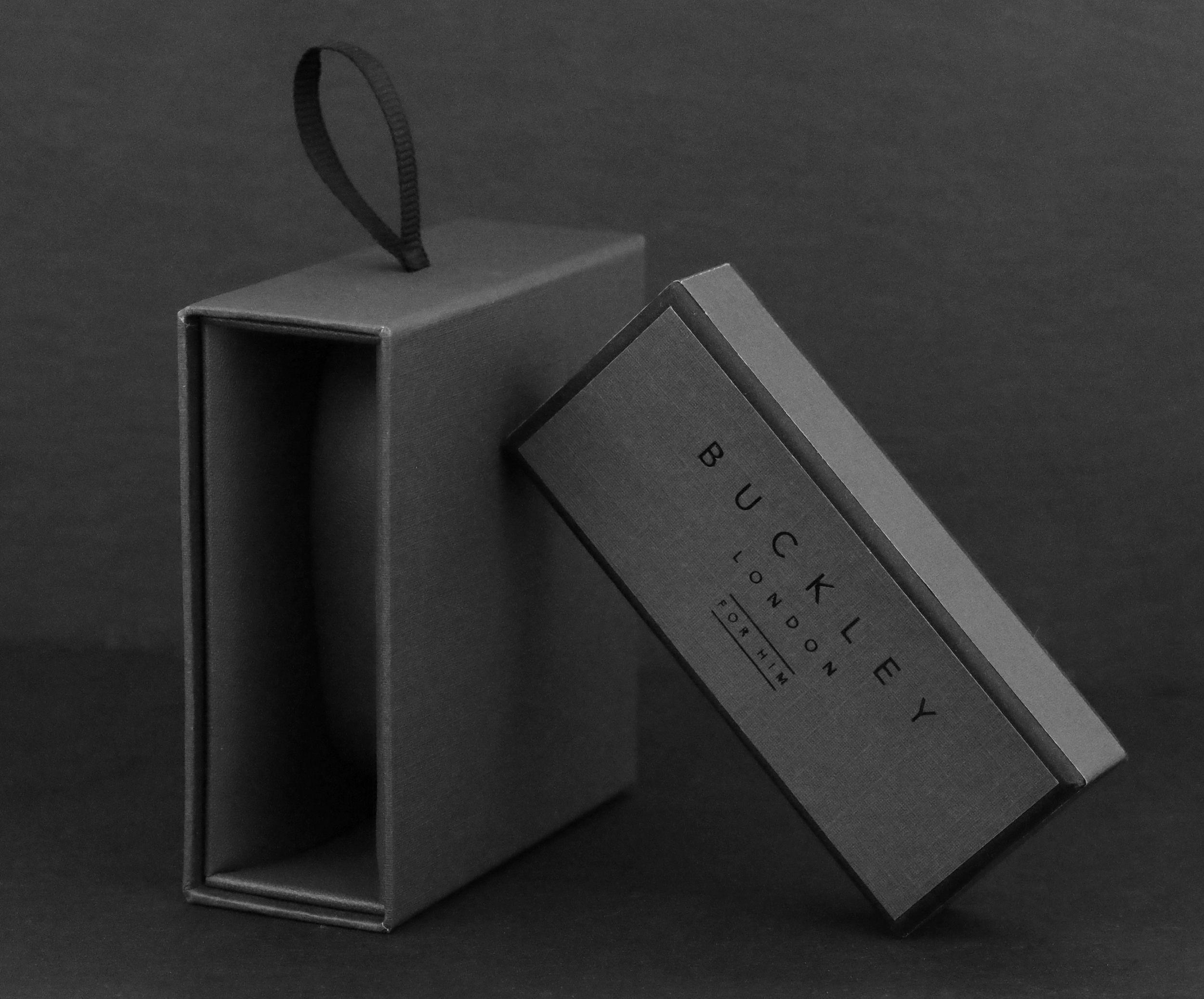 Buckley London's For Him Axel Hematite Mesh Bracelet Box